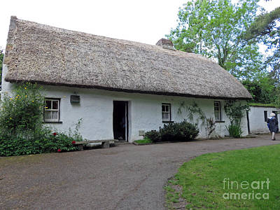 Photograph - Thatch Cottage Ireland by Cindy Murphy - NightVisions