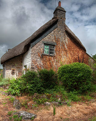 Photograph - Thatched Cottage 02 by Beverly Cash