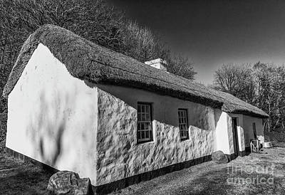 Photograph - Thatched Cottage by Jim Orr