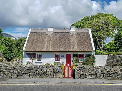 Spiddal Photograph - Thatched Cottage by Scott Hartney