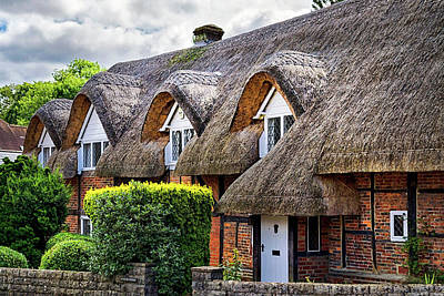 Photograph - Thatched Cottages In Chawton 2 by Shirley Mitchell