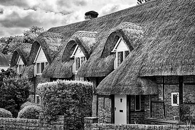 Photograph - Thatched Cottages In Chawton 3 by Shirley Mitchell