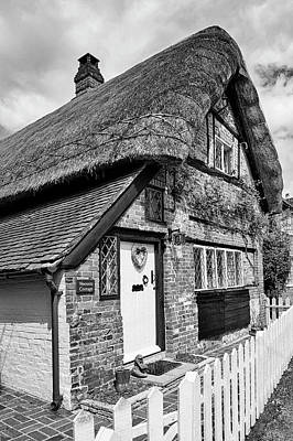 Photograph - Thatched Cottages In Chawton 5 by Shirley Mitchell
