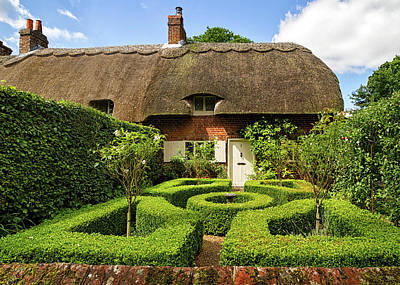 Photograph - Thatched Cottages In Chawton 7 by Shirley Mitchell
