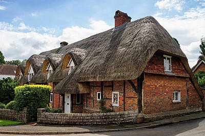 Photograph - Thatched Cottages In Chawton by Shirley Mitchell