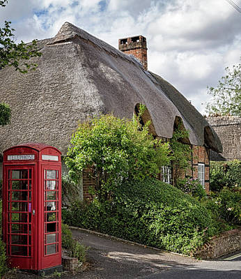 Photograph - Thatched Cottages In Micheldever 1 by Shirley Mitchell