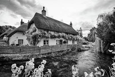 Photograph - Thatched Cottages Of Hampshire 1 by Shirley Mitchell