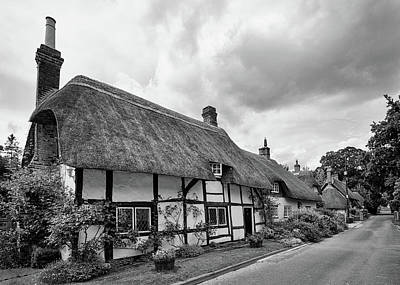 Photograph - Thatched Cottages Of Hampshire 15 by Shirley Mitchell