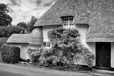 Photograph - Thatched Cottages Of Hampshire 20 by Shirley Mitchell