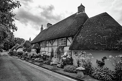 Photograph - Thatched Cottages Of Hampshire 22 by Shirley Mitchell