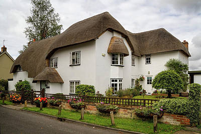 Photograph - Thatched Cottages Of Hampshire 26 by Shirley Mitchell