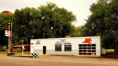 Photograph - The 141 Diner by Mountain Dreams