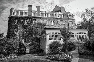 Photograph - The 1886 Crescent Hotel - Eureka Springs Arkansas - Black And White by Gregory Ballos