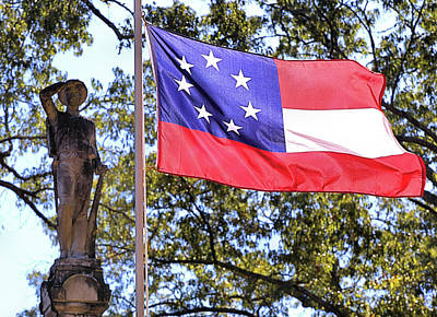 Photograph - The Aberdeen Confederate Memorial by JC Findley
