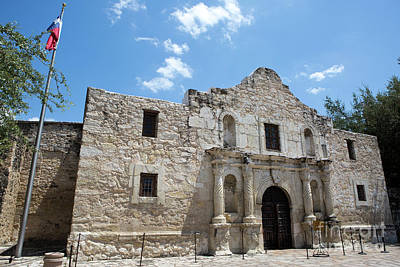Photograph - The Alamo Texas by Steven Frame