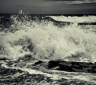 Photograph - The Angry Sea by Samuel M Purvis III