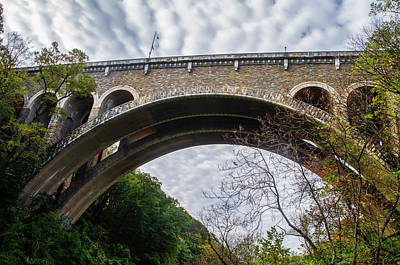 Photograph - The Arch Of The Henry Avenue Bridge by Bill Cannon