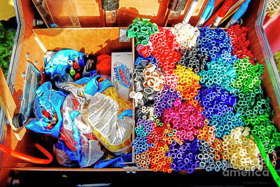 Photograph - The Balloon Man Tool Box by David Arment