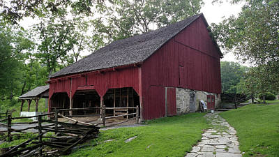 Wall Art - Photograph - The Barn At Quiet Valley by Linda Heberling