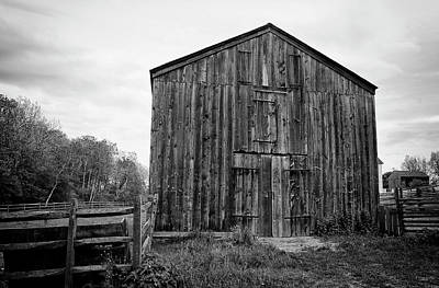 Photograph - The Barn by Marvin Borst