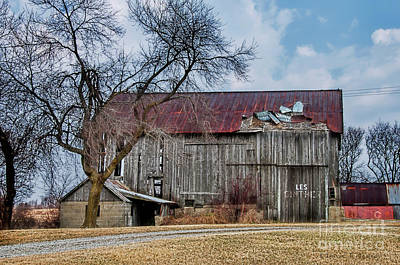 Photograph - The Barn Of Les by David Arment