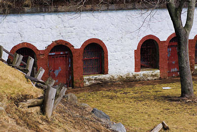 Photograph - The Barracks At Fort Sewall Marblehead by Jeff Folger