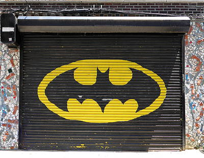 Photograph - The Bat Garage by Richard Reeve