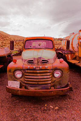 Old Trucks Photograph - The Beauty Of An Old Rusty Truck by Jeff Swan