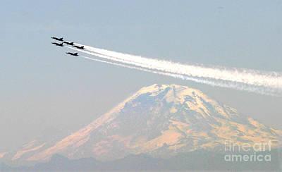 The Blue Angels Over Mount Rainier Seattle Art Print
