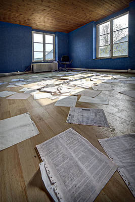 Abandoned Houses Photograph - The Blue Office Abandoned - Urban Exploration by Dirk Ercken
