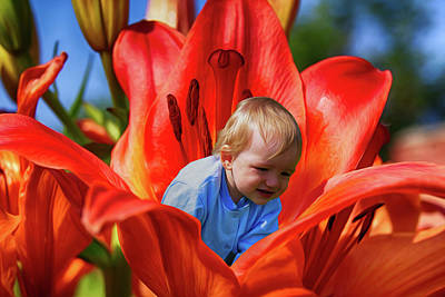 Stamen Digital Art - The Boy In A Flower by Tatiana Tyumeneva
