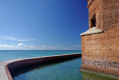 Tortuga Beach Photograph - Dry Tortugas Fort Jefferson by Jorge Moro