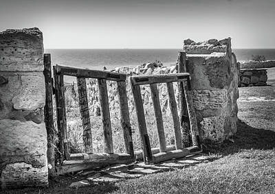 Photograph - The Broken Gate. by Gary Gillette