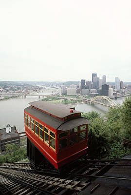 The Cable Car To Mount Washington Print by Lynn Johnson