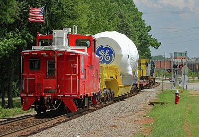 Photograph - The Caboose 10 Color by Joseph C Hinson Photography
