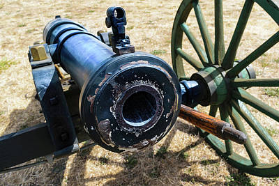 Elkton Photograph - The Cannon Of Elkton by Daniel LaFollette