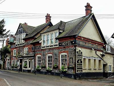 Photograph - The Castle Inn Hotel Bramber by Dorothy Berry-Lound
