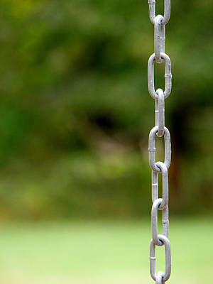 Photograph - The Chain by Richard Reeve