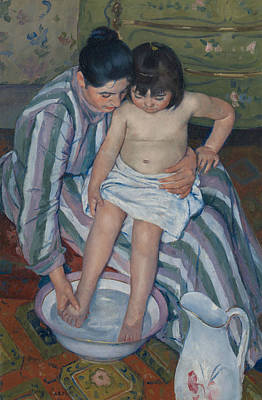 Pitcher Painting - The Child's Bath by Mary Cassatt