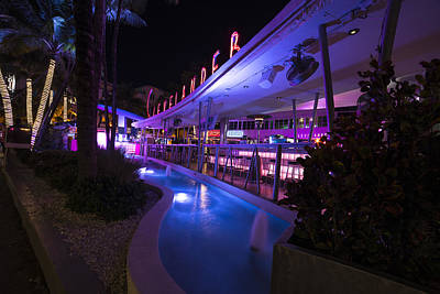 Photograph - The Clevelander South Beach Miami Pool by Toby McGuire