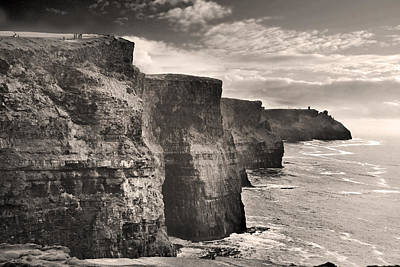 The Cliffs Of Moher Print by Robert Lacy