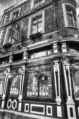 Cockpit Photograph - The Cockpit Pub London by David Pyatt