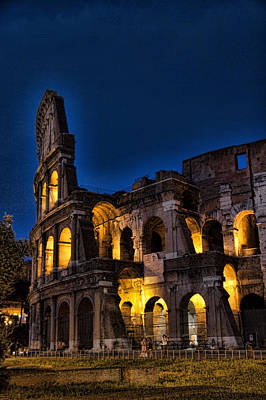 Roman Photograph - The Coleseum In Rome At Night by David Smith