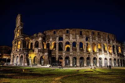 Colliseum Photograph - The Colosseum by Simone Amaduzzi Photographer