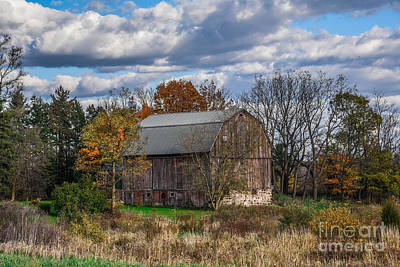 Photograph - The Country Barn by Grace Grogan