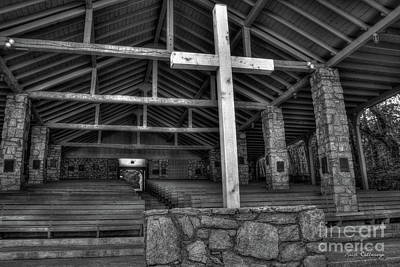 Photograph - The Cross B W Pretty Place Chapel Art by Reid Callaway