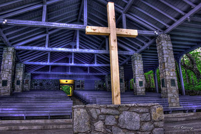 Photograph - The Cross Pretty Place Chapel Art by Reid Callaway