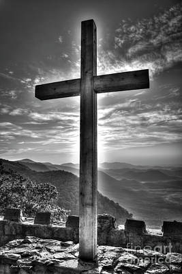 Photograph - The Cross The Choice B W Pretty Place Chapel Greenville South Carolina Art by Reid Callaway