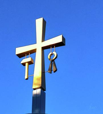 Photograph - The Crucifix Of La Salette by Bruce Carpenter