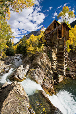 Mills Photograph - The Crystal Mill by Guy Schmickle